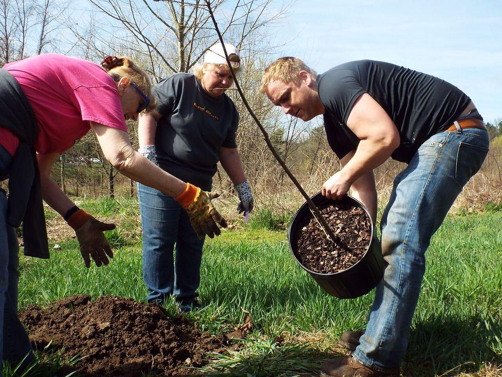 """Penske Associates """"Leaf"""" a Legacy of Environmental Stewardship"""