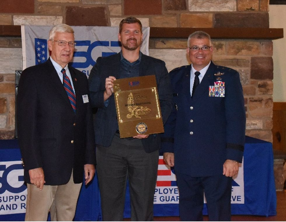 Penske Honored with Pro Patria Award for Support of Guard and Reserves